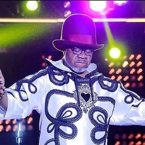Papa Wemba sur scène au FEMUA
